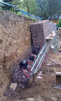 Stavba gabionové zdi